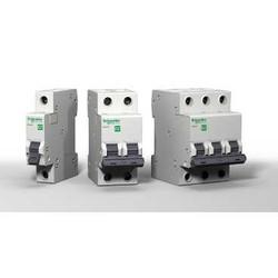 Автоматические выключатели Easy9 Schneider Electric