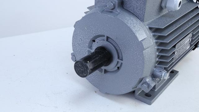Однофазный электродвигатель АИР 1Е 80С2