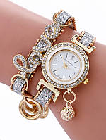 """Красивые часы-браслет """"Love"""""""