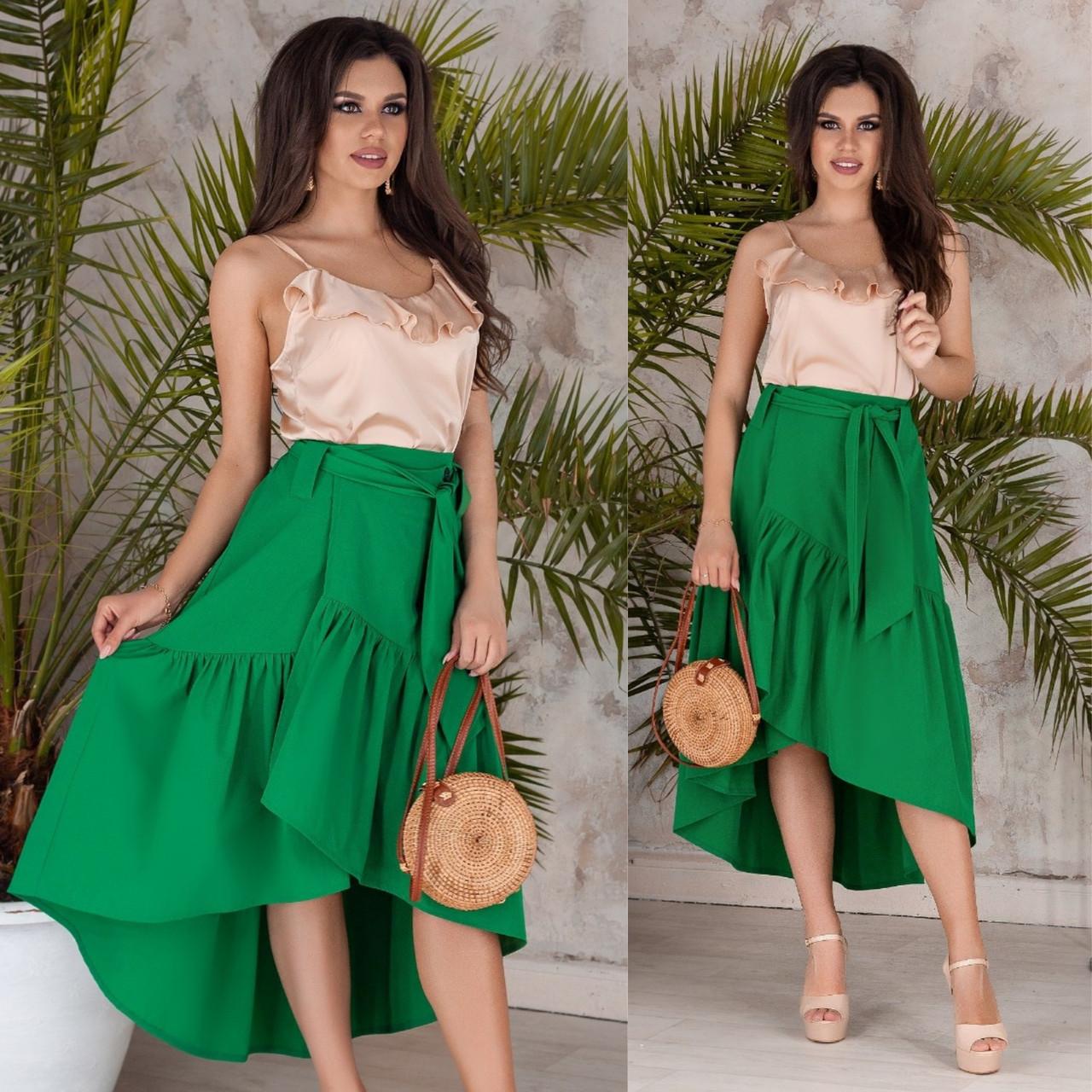 Ярко-зеленая асимметричная юбка на запах