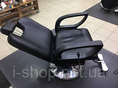 Универсальное парикмахерсое кресло S-302B