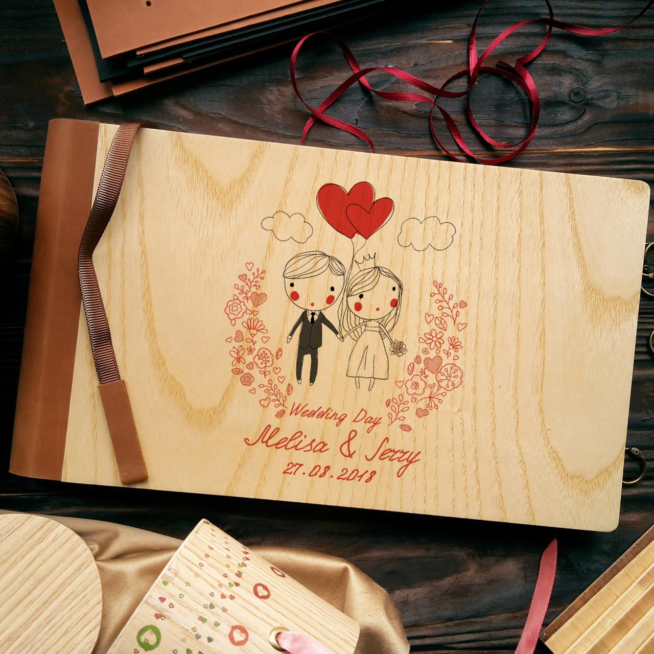 """Деревянная свадебная книга для пожеланий 17х28 см с кожаным корешком """"Двое"""""""