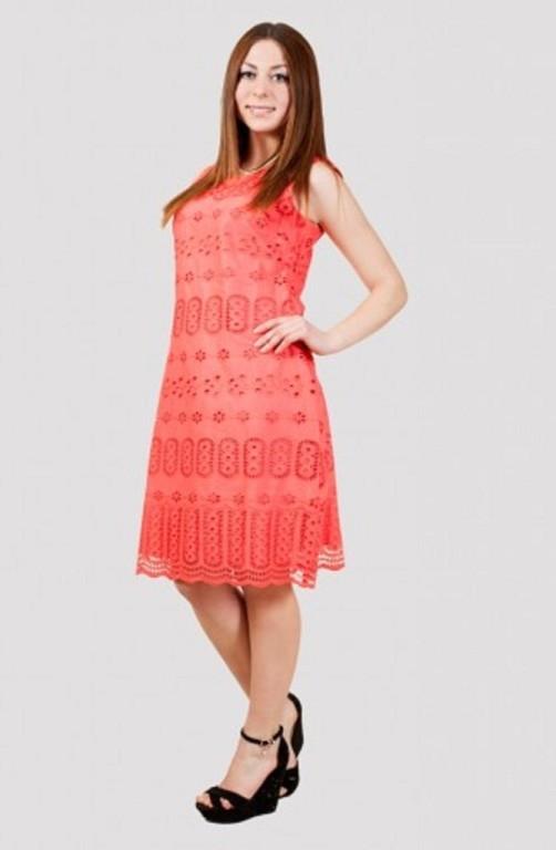 Стильное короткое платье  в модном цвете материал хлопок