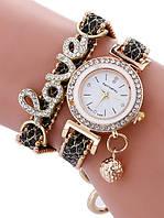 """Черные наручные часы-браслет """"Love"""""""