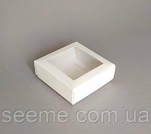 Коробка с окошком, 80x80x30 мм.