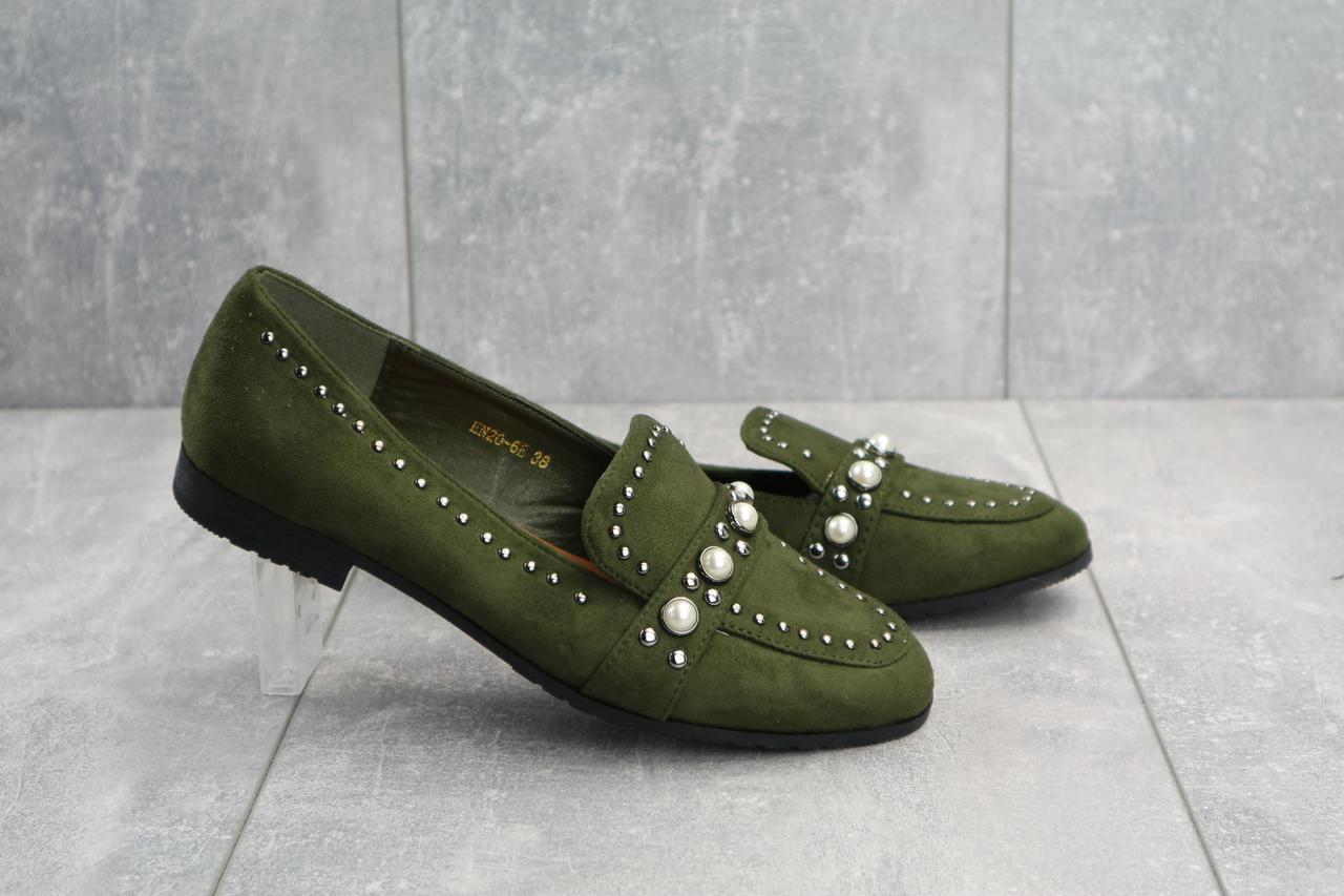 Женские туфли весенние замшевые оригинальные на низком каблуке со стразами в зеленом цвете