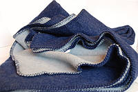 Плед Yin & Yang голубой / темно-синий из шерсти мериноса (Швеция)