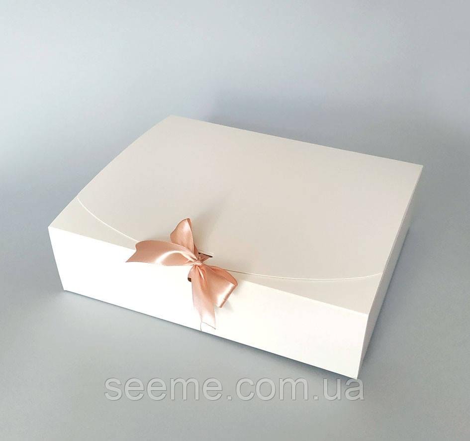 Коробка подарочная, 310х250х80 мм