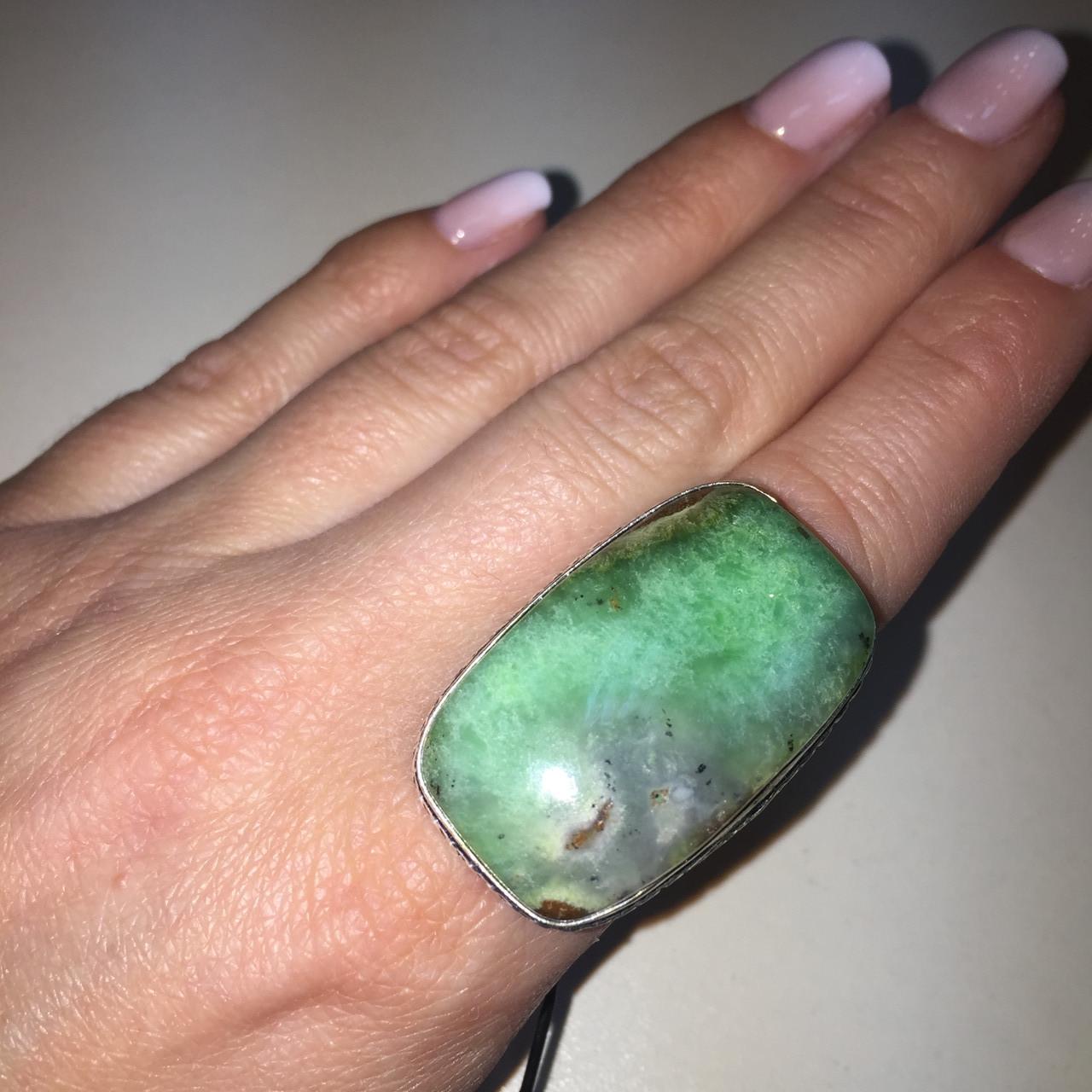 Красивое кольцо с хризопразом 16,5-17 размер. Кольцо природный хризопраз в серебре Индия