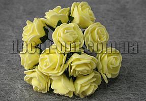 Букет желтых розочек из латекса 2,5-3,0 см