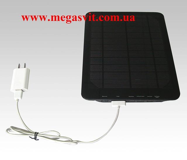 16000mAh solar mobile charger,solar iPad/iPhone charger -зарядка на солнечных батареях