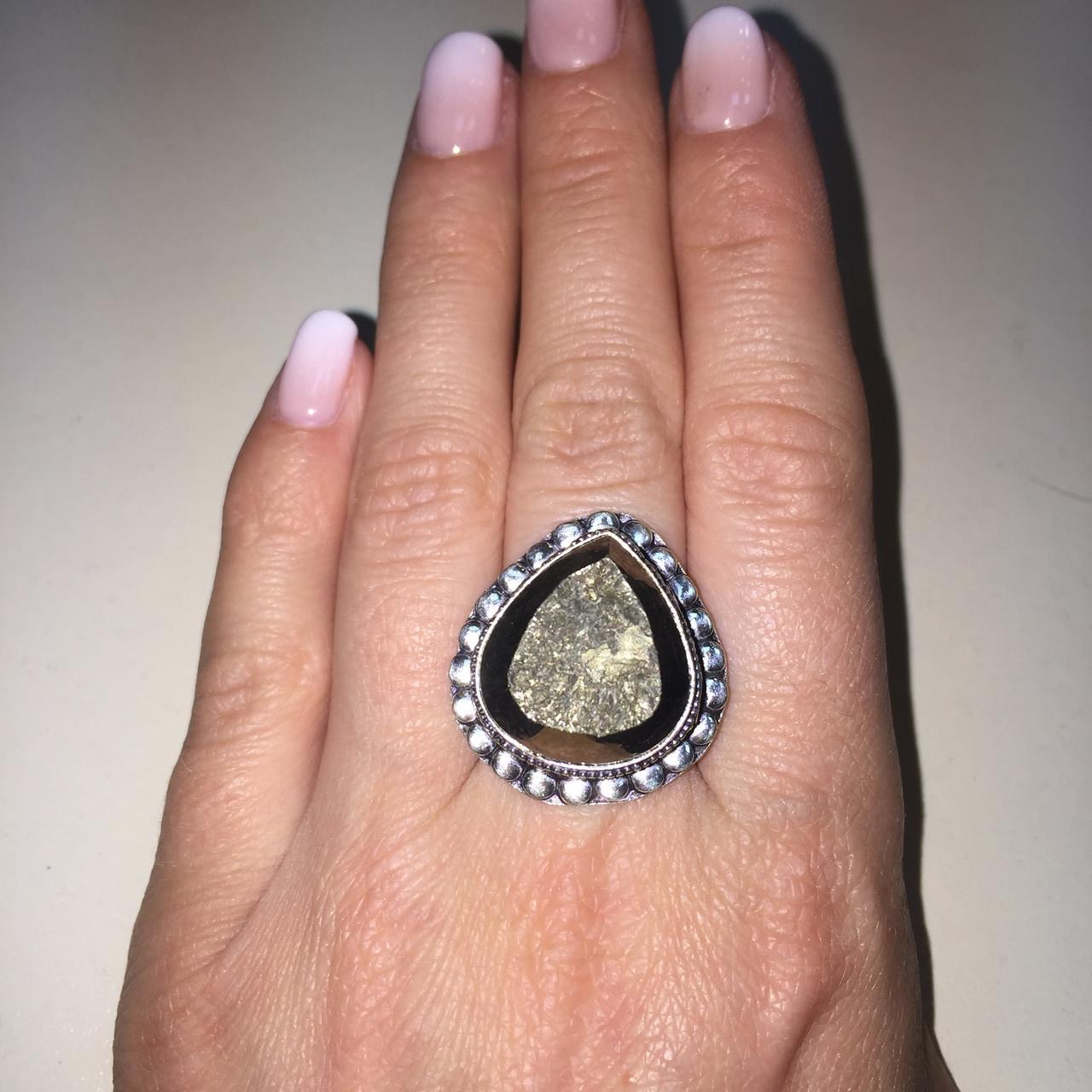 Красивое кольцо с камнем пирит 16,5 размер. Кольцо с пиритом Индия!
