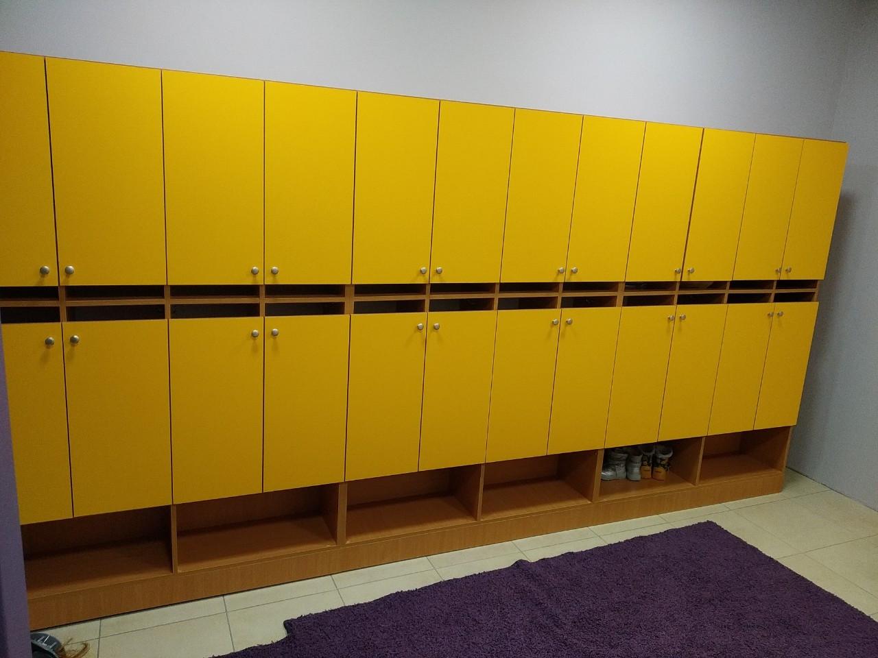 Шкаф детский двухъярусный 8-местный. W18