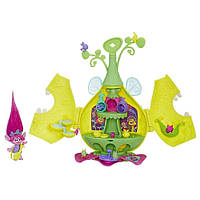 Игровой набор Hasbro Trolls летний лагерь (E0335)