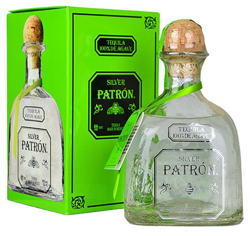 Мексиканская текила Patron Silver 0,7/ Патрон Сильвер в подарочной коробке