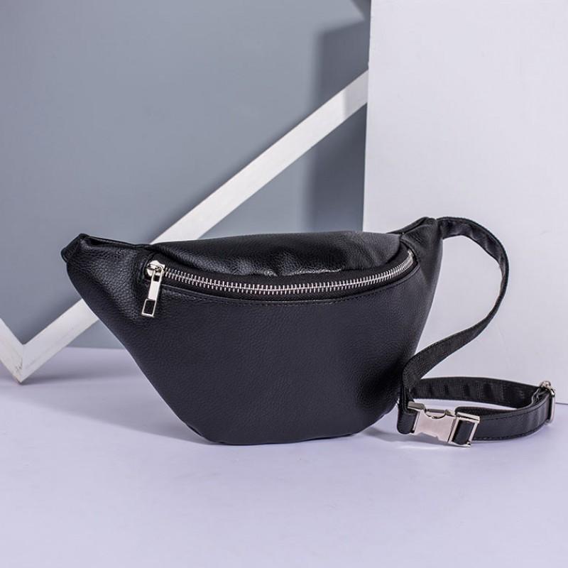 Женская поясная сумка на пояс с экокожи черная