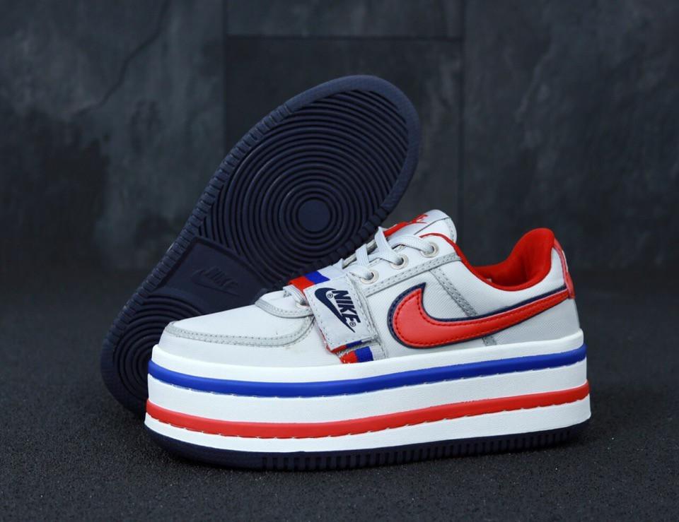 Женские кроссовки Nike Vandal 2K Silver
