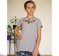 Детская вышитая туника с вышивкой гладью на сером / Квіткова для девочек на рост 104,116,128,140