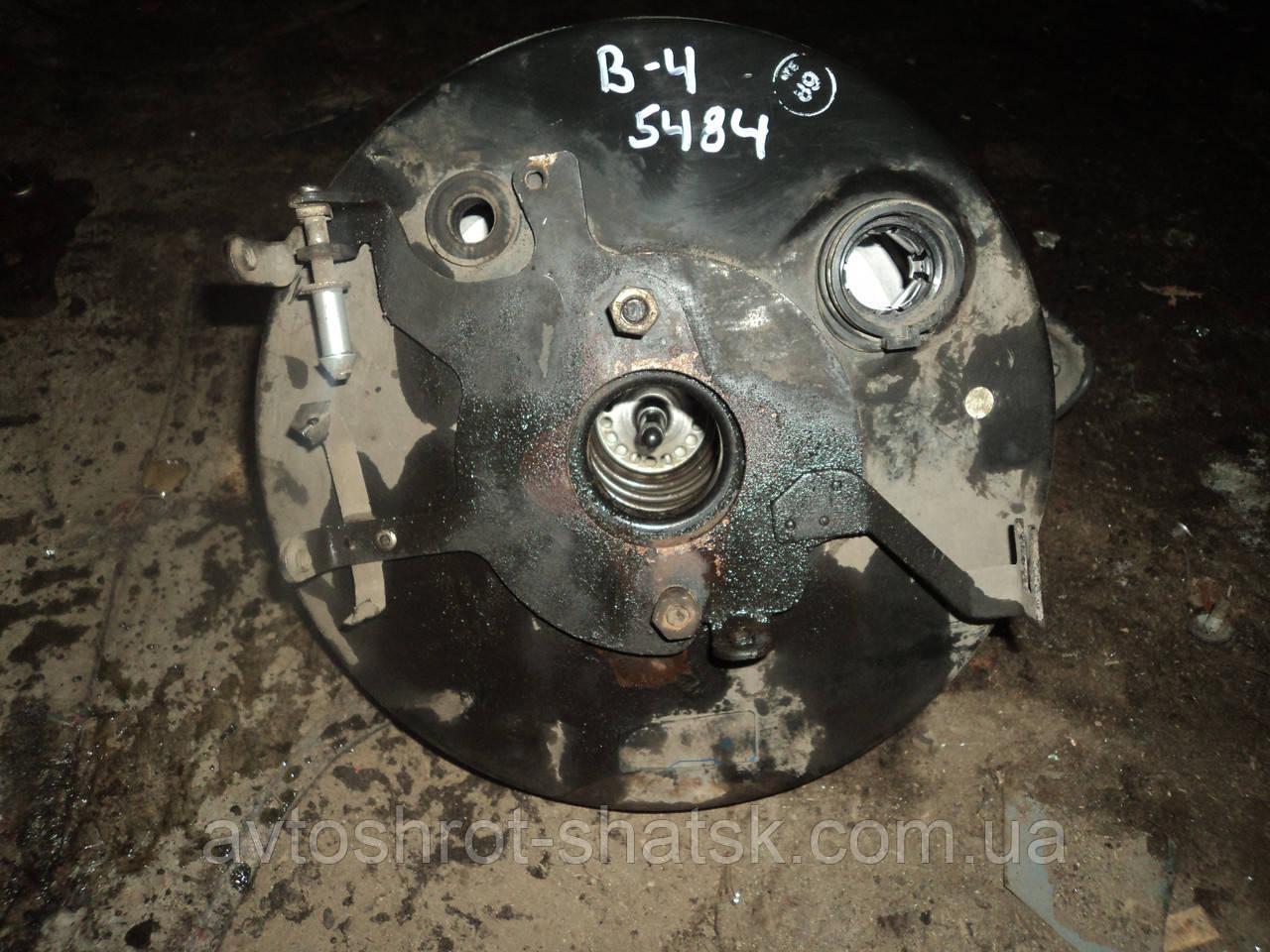 Б/У вакуумний усилитель тормозов пассат б4
