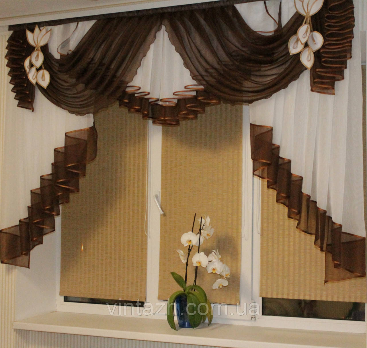 Ламбрекен со шторами для кухни