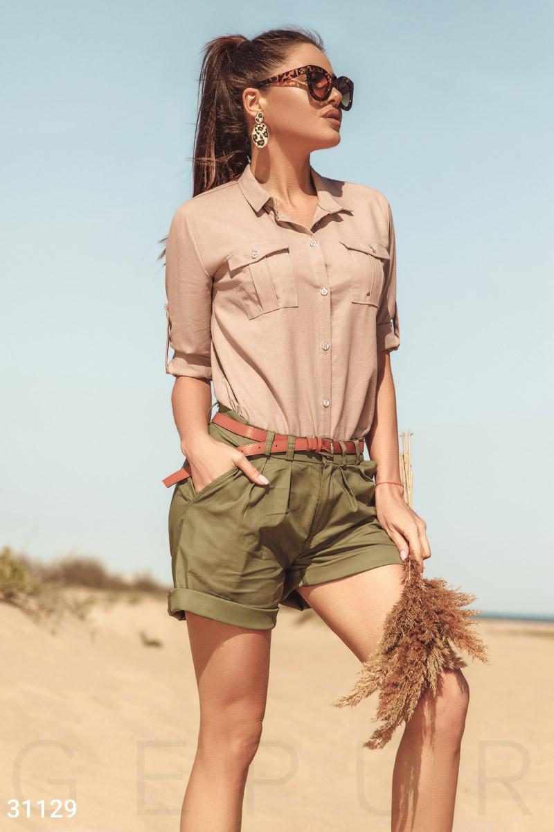 Льняная рубашка с классическим воротником бежевыая