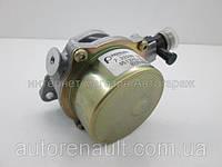 Механический вакуумный насос на Рено Логан II + Сандеро II 1.5dCi RENAULT (Оригинал) - 8200577807
