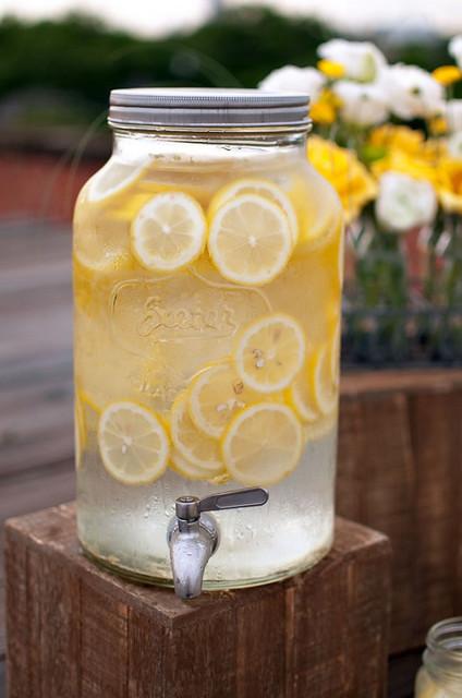 Лимонадницы для кенди баров. диспенсеры для напитков