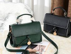 Модная женская сумка сундук с брелком, фото 3