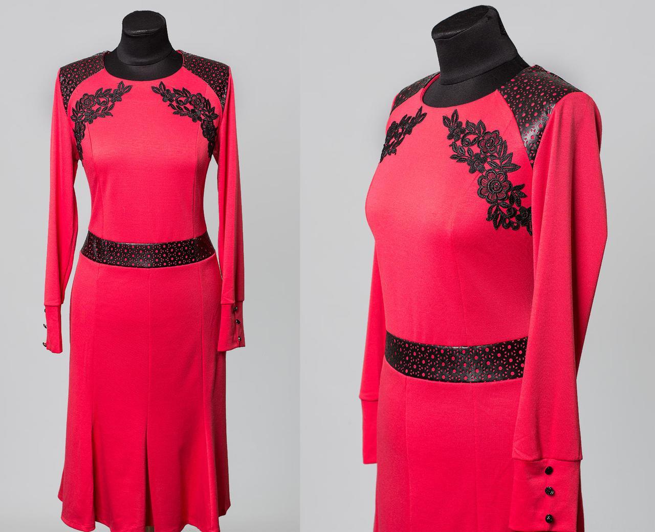 """Красивое женское платье """"Французский трикотаж"""" с перфорацией и кружевной вязкой  52 размер батал"""