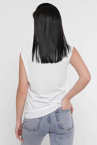 """Жіноча біла футболка без рукавів """"Classic"""" принт червоні квіти, фото 2"""