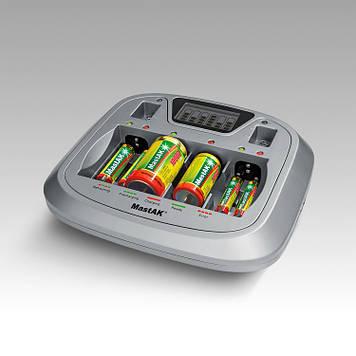 Универсальное зарядное устройство MastAK MW-207