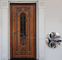 Уличные входные двери с ковкой и стеклопакетом: безопасность и стиль