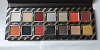Тени для век Kylie Jenner Naughty Palette
