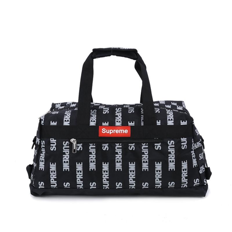 Спортивная сумка Supreme черного цвета. Стильная, удобная, качественная и вместительная сумка Supreme черная.