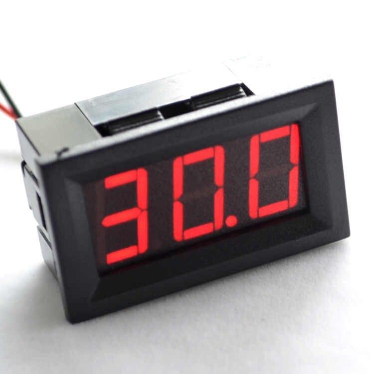 Вольтметр цифровой AC 220V с LED-индикатором 0.56 дюйма красный корпус черный