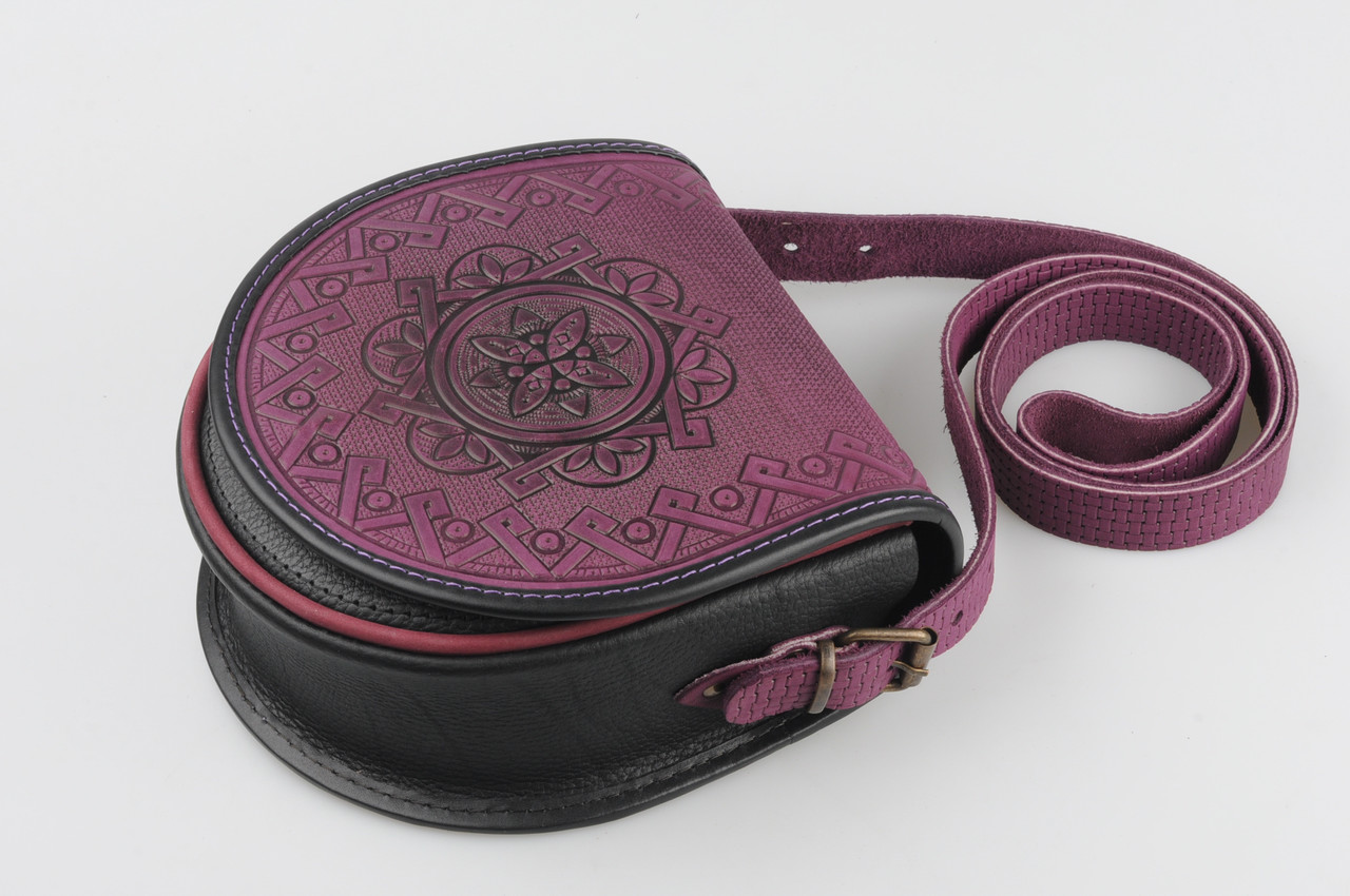 fcd2927030ba Кожаная женская сумка, сумка через плечо, фиолетово-чёрная - HandWork  Studio - Интернет
