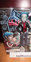 Monster High Гаррот дю Рок  Garrott du Roque из сета Любовь в Скариже