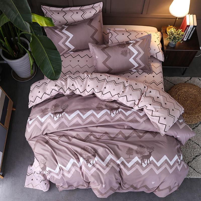 Комплект постельного белья Олень с простынью на резинке (полуторный) Berni