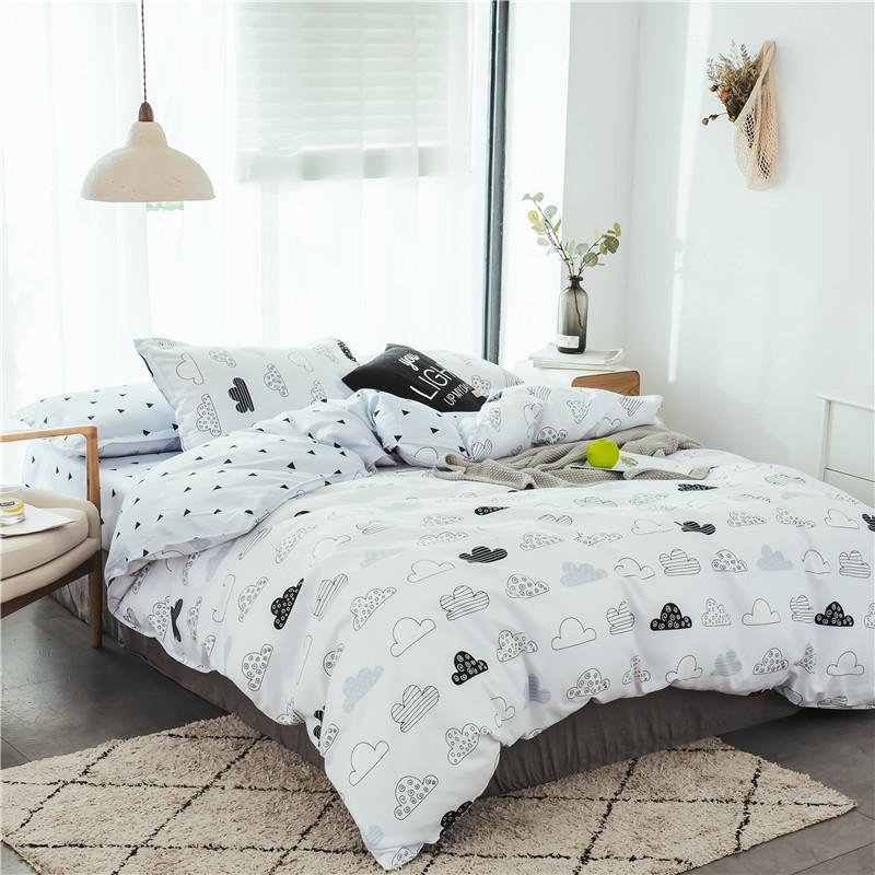 Комплект постельного белья Тучи (полуторный) Berni