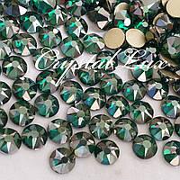 Стразы ss16 Emerald Satin Xirius 16 граней, 1440шт. (4.0мм)