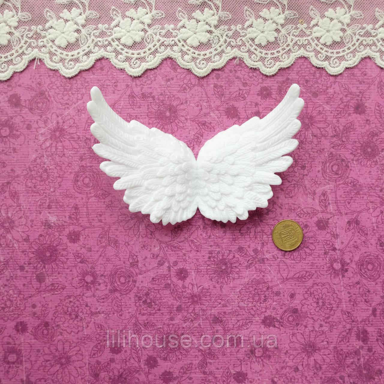 Крылья белые, 10*6.5 см