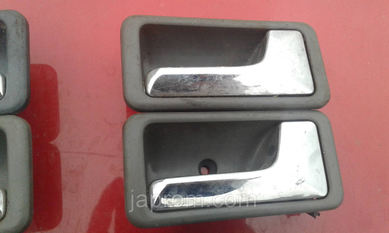 Ручка двери внутренняя правая Mazda 626 GD FR
