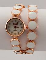 Женские кварцевые наручные часы Q&Q. Все цвета.