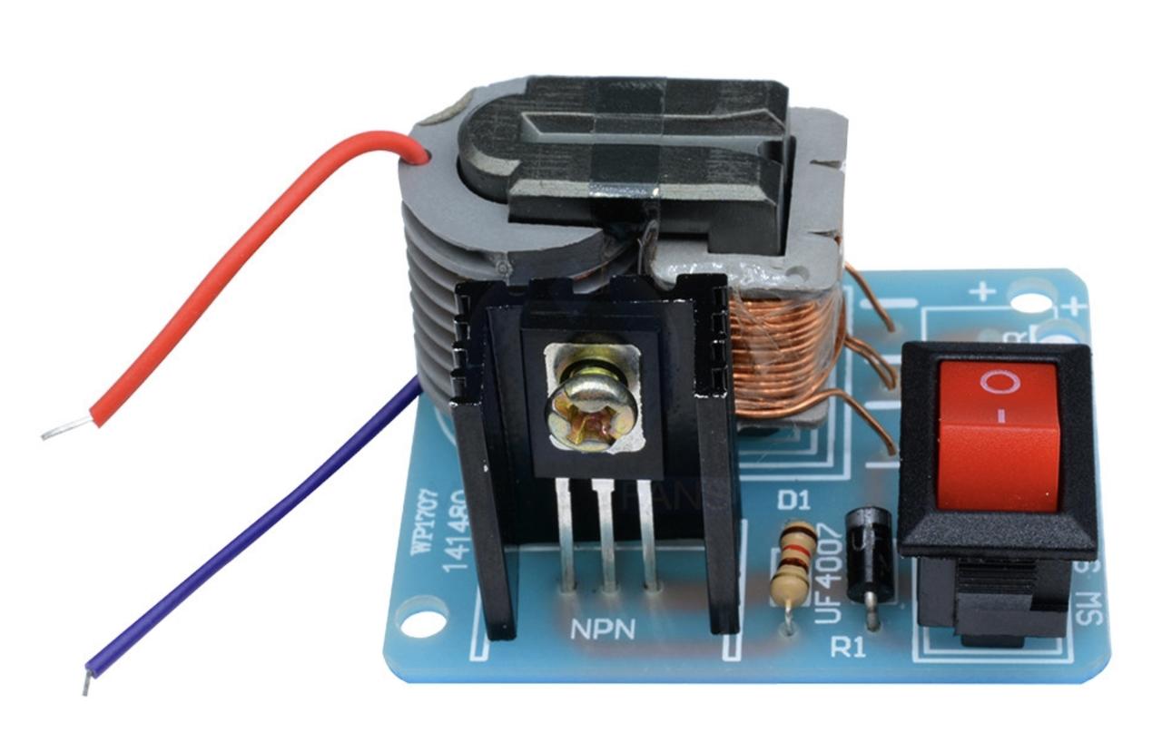 Инвертор 3.7-4.2 В - 15 КВ. Геренатор высокого напряжения