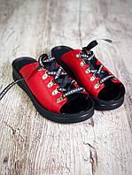 Удобные женские шлепки кожаные на платформе на шнуровке красные, модная женская летняя обувь