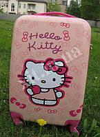 "Детский чемодан 20"" на 4 колесах Хелло Китти"