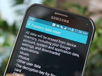 Повернення до заводських налаштувань на Android не видаляє всі дані користувача