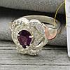 """Серебряное кольцо с золотыми пластинами """"Гера"""", вставка фиолетовый фианит, вес 6.5  г, размер 19, фото 2"""