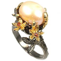 Кольцо из серебра с персиковым жемчугом, 13*11 мм., 1743КЦЖ