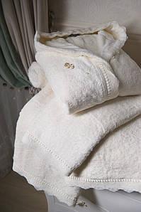 Банный набор Vincent Devois ADELINE Халат с кружевом + 2 полотенца с кружевом + брошь.